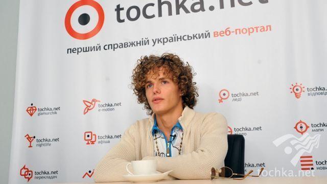 http://s0.tochka.net/conferences/g_1076/img_5/alexey-matias5.jpg