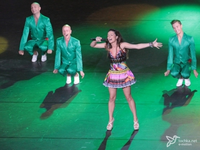 Пугачева на Crimea Music Fest выпрашивала у Галкина колечко фото