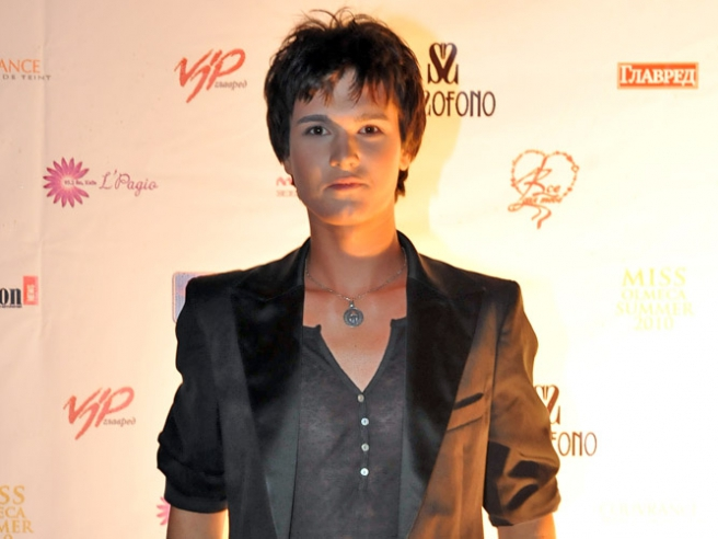 http://s0.tochka.net/glamur/g_186234/img_news_list/snrqdwtjbuxaurjh.jpg
