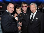 http://s0.tochka.net/glamur/g_204603/img_gallery_min/elton-john-david-furnish-05.jpg
