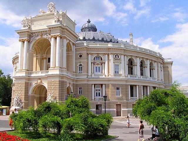 Одесские катакомбы уникальны и известны тем, что являются самым большим...